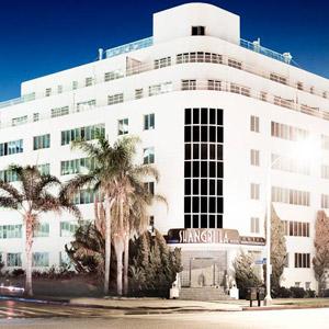 Hotel Shangri-La Bedding By DOWNLITE
