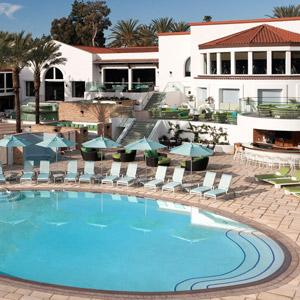 La Costa Resort & Spa Bedding By DOWNLITE