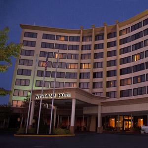 Wyndham Hotel Bedding By DOWNLITE