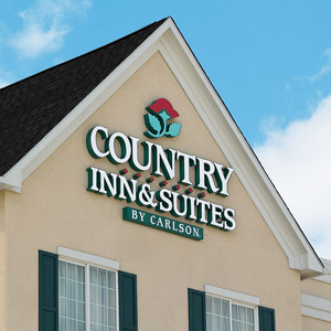 Country Inn & Suites Hotel Bedding By DOWNLITE