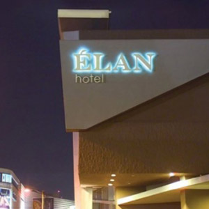 Elan Hotel Bedding By DOWNLITE