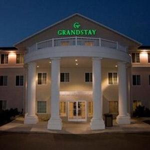 Grandstay Residential Bedding By DOWNLITE