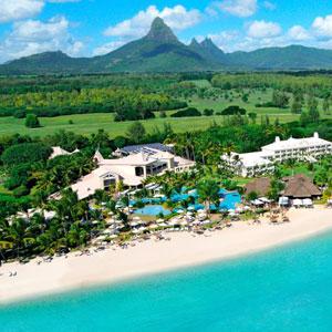 Sugar Beach Resort Bedding by DOWNLITE