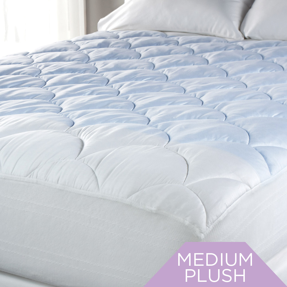 Sealy Posturepedic® Outlast Cool Touch Mattress Pad